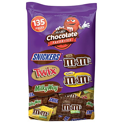 MARS Chocolate Favorites Halloween Candy Bars Variety Mix 69.2-Ounce 135-Piece Bag (Chocolate Miniatures compare prices)