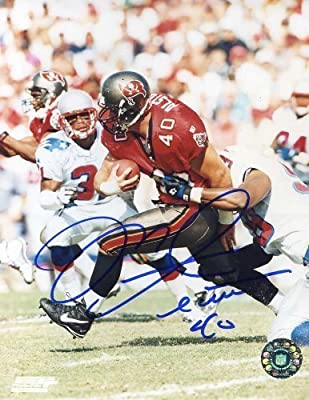 "Mike Alstott (""A-Train"") Autographed/ Original Signed 8x10 Color Action-photo w/ the Tampa Bay Buccaneers - He Added His Number ""40"""