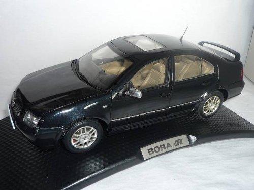 VW Volkswagen Bora R 2004 Schwarz
