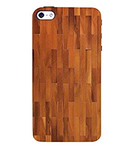 Stylish Wood Pattern 3D Hard Polycarbonate Designer Back Case Cover for Apple iPhone 5S