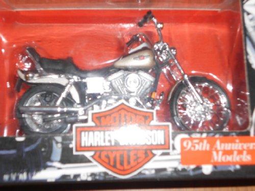 Maisto Harley Davidson Motorcycles (Series 3 1998) 1:18 Scale FLSTF Fat Boy
