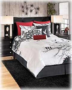Red/Gray/White Queen Bedding Set - Signature Design by Ashley Furniture