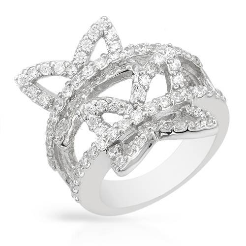 Ring With 4.40ctw Cubic zirconia Made of 925 Sterling silver. Total item weight 9.7g (Size 6)