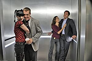 """NCIS Fabric Cloth Rolled Wall Poster Print -- Size: (36"""" x 24"""" / 20"""" x 13"""")"""