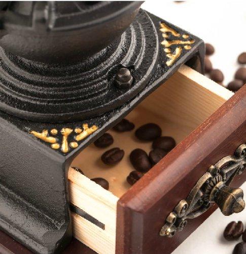 Retro Cast Blacksmith Manual Grinder Coffee Bean Grinder 3