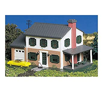 Bachmann Two-Story House - N Scale