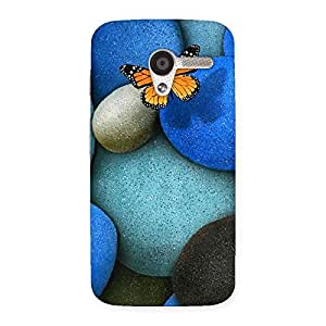 Ajay Enterprises Cool Pebbls and Butterfly Back Case Cover for Moto X