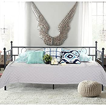 GreenForest Daybed Twin Bed Frame with Headboard and Stable Steel Slats Mattress Platform Base Boxspring Replacement Easy Assembly for Living Room Guest Room Black ¡