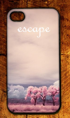 Pink Escape Scene RUBBER iphone 4 case  Fits iphone 4 & iphone 4s Picture