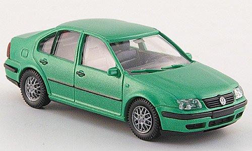 VW Bora, met.-hellgrün, Modellauto,
