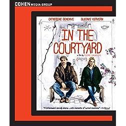 In the Courtyard [Blu-ray]