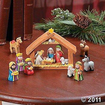 9pcs Mini Christmas Nativity Set Stable with Jesus Mary Joseph Wisemen