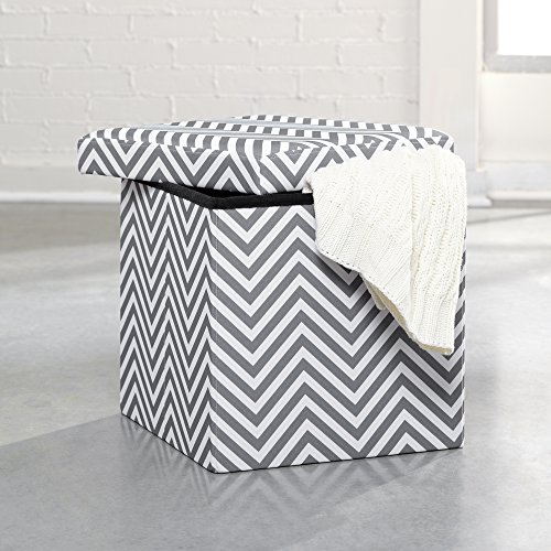 Soft Modern Ottoman Gray And White Chevron front-1058302