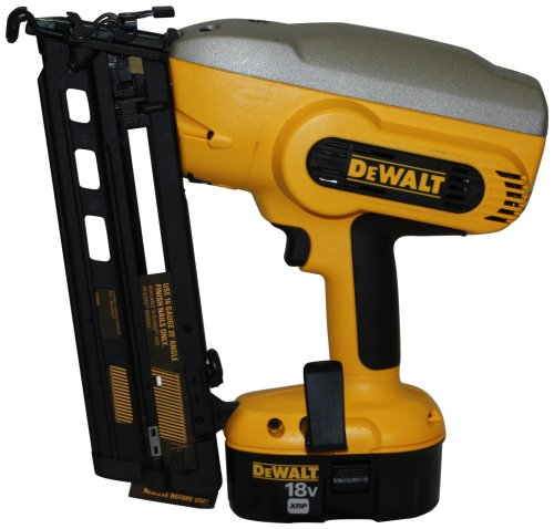 DEWALT DC618K Heavy-Duty XRP 18V Cordless 1-1/4 Inch - 2-1/2 Inch 16 Gauge 20° Angled Finish Nailer Kit