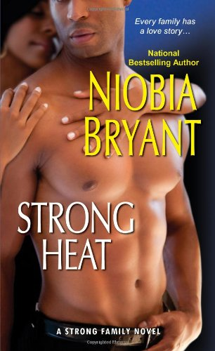 Image of Strong Heat (A Strong Family Novel)