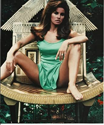 Raquel Welch - Young - in Sexy green lingerie with legs