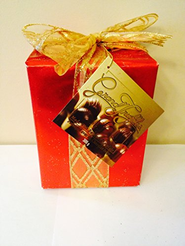 Delicious Assortiment Belgian Chocolates Red Gift Box 300g