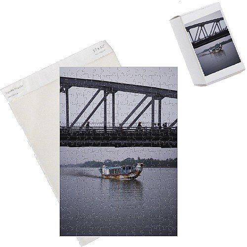 Photo Jigsaw Puzzle of Boat on Perfume River,