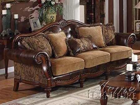 Dreena Collection Sofa with 5 Pillows