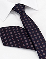 Limited Collection Textured Spotted Tie with Handkerchief