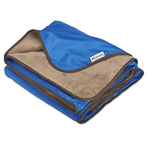 xl-plush-fleece-outdoor-stadium-waterproof-blanket