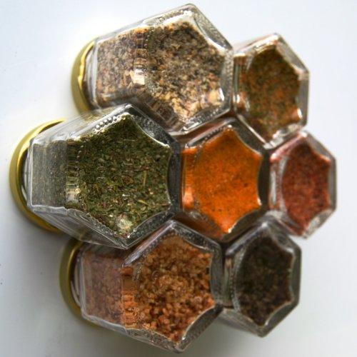 GRILLING KIT: Seven Magnetic Jars Filled  Organic
