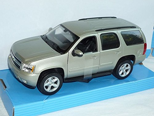 chevrolet-chevy-tahoe-suv-silber-ab-2006-1-24-welly-modell-auto