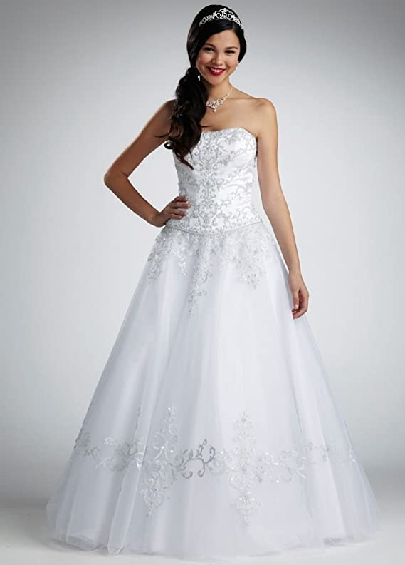 SAMPLE Petite Strapless Tulle Ball Gown Wedding Dress with Satin Bodice..