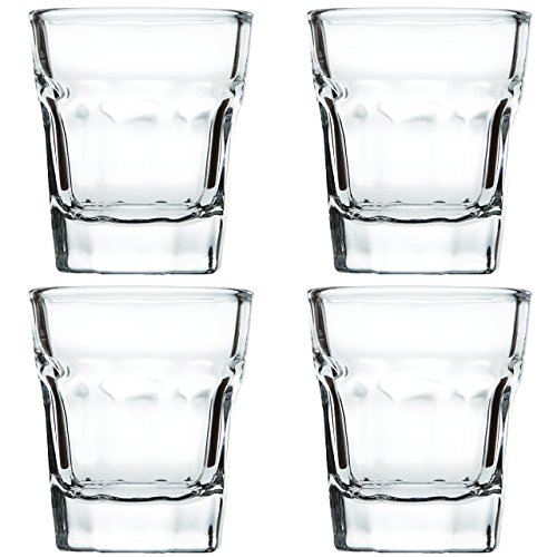 Shot Glasses Set by Trendy Bartender - 1,5 Ounce Round Heavy Base Shot Glass for Whiskey, Tequila, Vodka - Polishing Cloth & Bottle Pourer With Tapered Spout - Retail Packaging (4pcs, Clear)