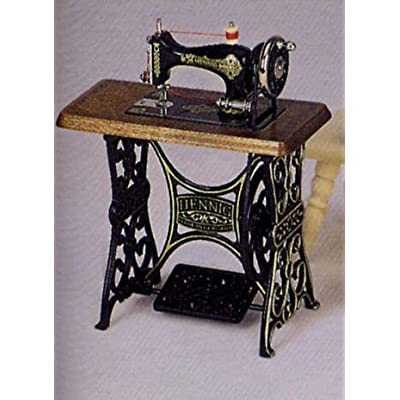 Amazon.com: Bodo Hennig Miniature Vintage Look Sewing Machine with