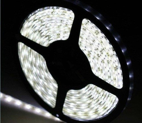 JSG Accessories® 5M 300 LED`s 3528 SMD Tageslicht weiß / neutrales weiß Flexible LED Leuchtkette Lichterkette 5m lang nicht wasserdicht HIGH QUALITY