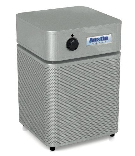 White Bottom Freezer Refrigerator front-625089
