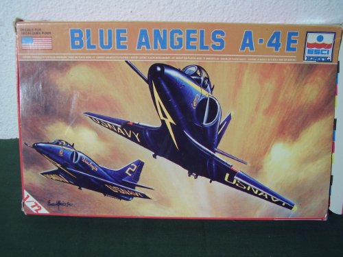 ERTL 9010 Blue Angels A-4E Model Kit 1/72 Scale - 1