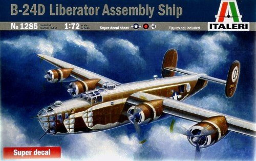 B-24D Liberator Long Range Bomber Aircraft (New Version) 1/72 Italeri