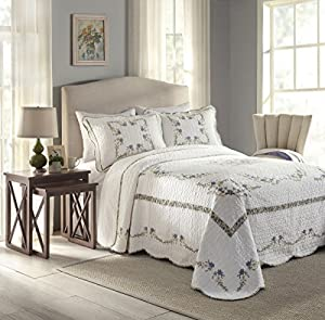 Sears has bed sheets in wide variety of colors and designs. Refresh any bedroom in your house with comfortable linen and sheet sets.