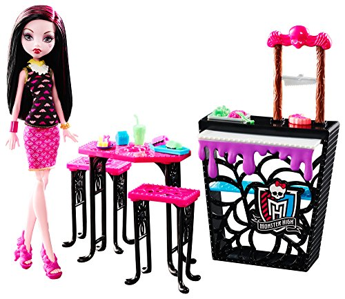 Monster-High-Beast-Bites-Cafe-Draculaura-Doll-Playset