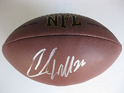 Chris Wells, Beanie Wells, Arizona Cardinals, Ohio State, Buckeyes, Signed, Autographed, Nfl Football, a Coa with the Proof Photo of Chris Signing Will Be Included with the Football