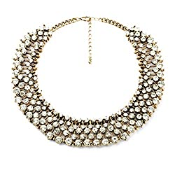 Necklace by Fun Daisy