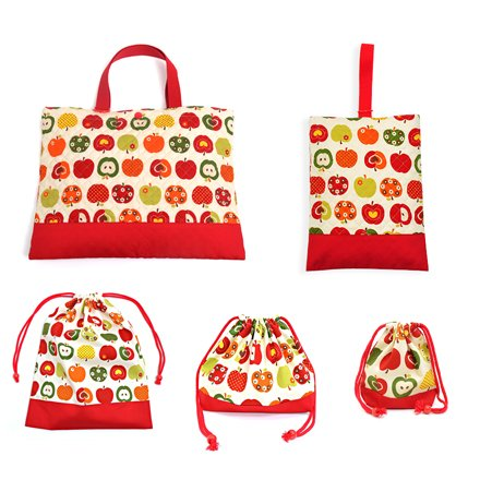 入園・入学充実5点セット レッスンバッグQ、シューズケースQ、体操服袋、お弁当袋、コップ袋  おしゃれリンゴのひみつ(アイボリー) 日本製 N8123700