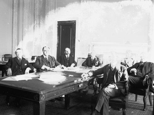1921 photo Senate Committee Hearing, Sen. Waters ¿, 12/8/21