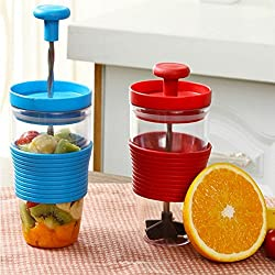 New Plastic Kitchen Mini Manual Squeezers Mixing Cup Red/Green/Blue DIY Smoothie Maker fruit juice Manual Fruit mix cup Red
