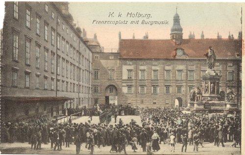 1910 Vintage Postcard Music in Franzensplatz