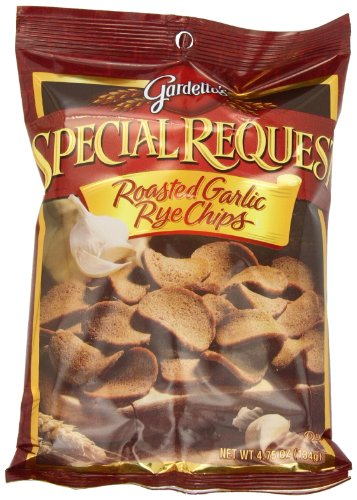 gardettos-special-request-roasted-garlic-rye-chips-475-oz-7-count