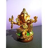 邪念や煩悩を打ち砕く守護神★金色のガネーシャ像