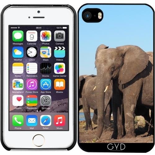 coque-pour-iphone-se-elephant-afrique-exotique-by-wonderfuldreampicture