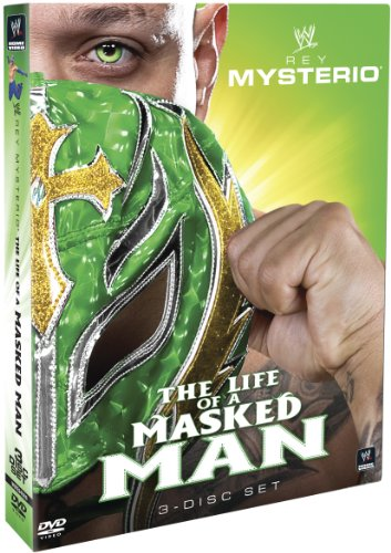 WWE: Rey Mysterio - The Life of a Masked Man (Rey Mysterio Wwe)