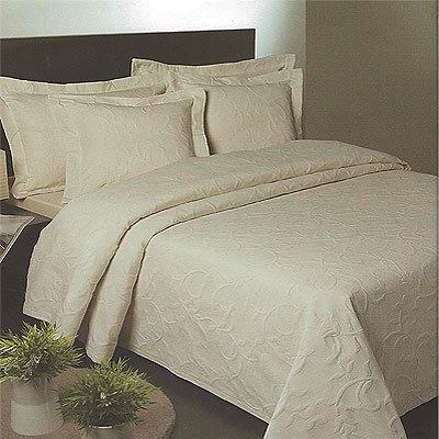 Florentina Matelasse Bedspread, Cream, 260 x 260 Cm
