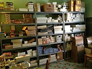 BASKETBALL ESTATE~ HUGE 3 MILLION CARD SHOP DEALER INVENTORY SALE BOX LOT (500+)