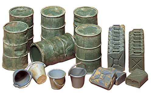 Tamiya Models Oil Drums/Jerry Cans/Buckets - 1