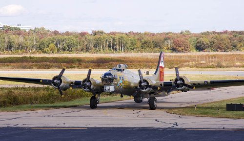 Kellstrand B17 Taxi Wall Decal 14